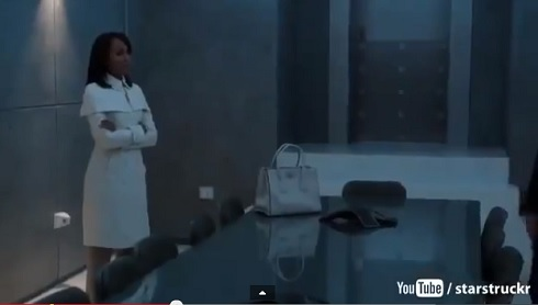 """Scandal's"" Olivia Pope made a stylish return on the series' season three premiere episode. (Photo: Screengrab from YouTube.com)"