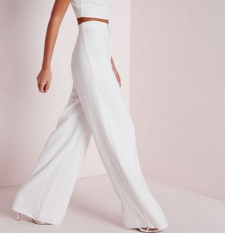 Zip Front Crepe Wide-Leg Pants, $42.50, missguidedus.com